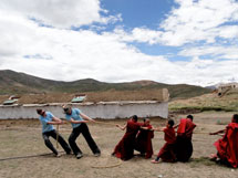 Volunteering in Spiti: Greening the Deserts.